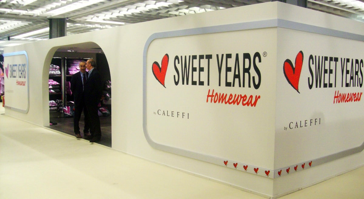 SWEET YEARS STAND pitti immagine